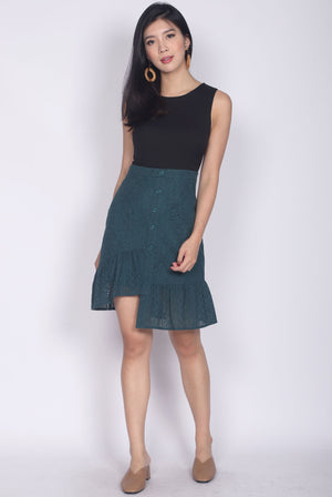 Ondrea Crochet Colour Block Dress In Black/Forest