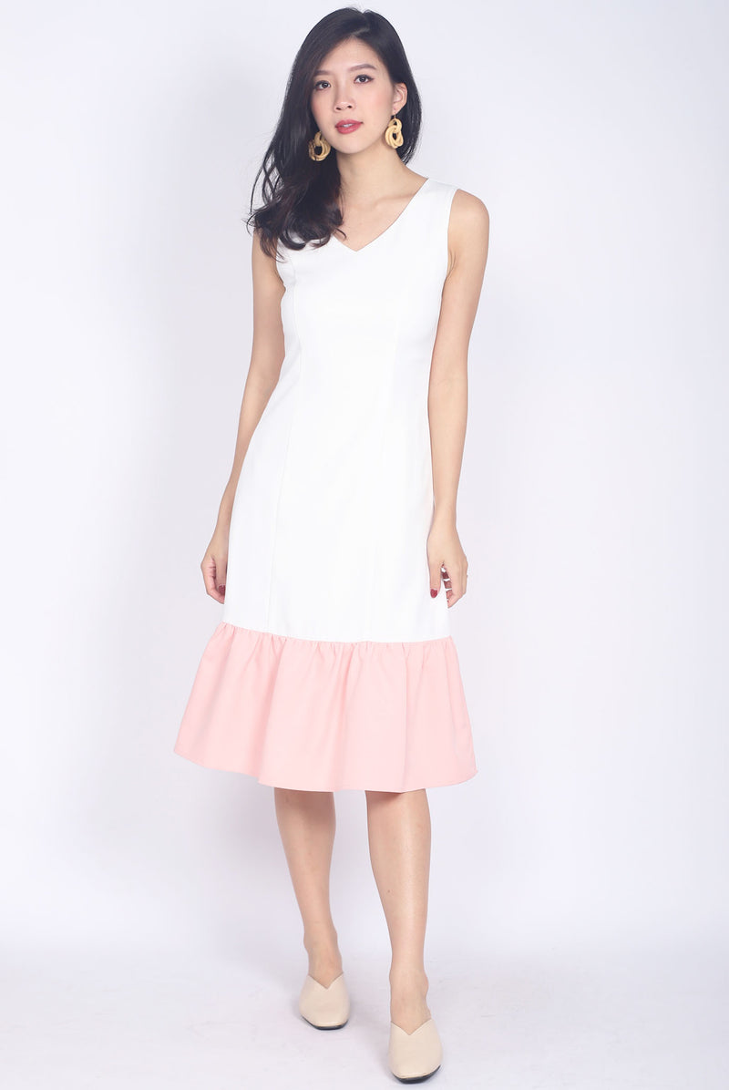 Oralie Colour Block Drop Waist Dress In White/Pink