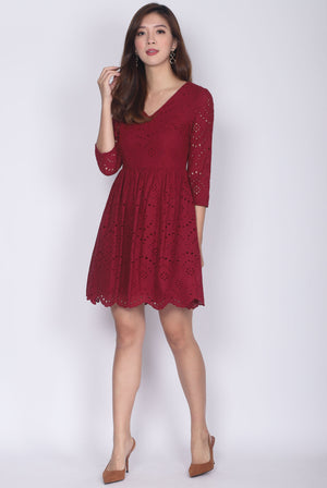 Oswin Eyelet Sleeved Dress In Wine Red