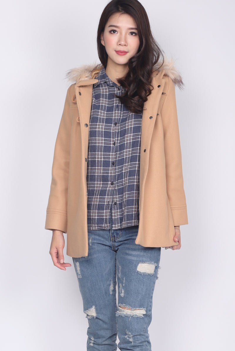 Paddington Fur Coat II In Beige
