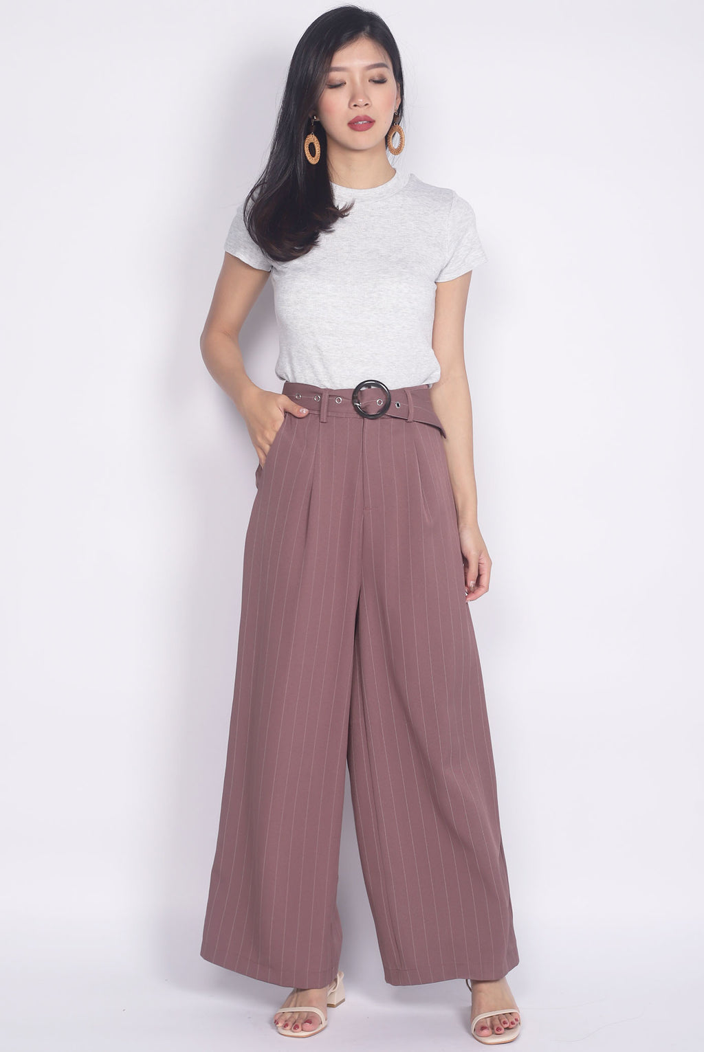Palazzo Buckle Pants In Mauve