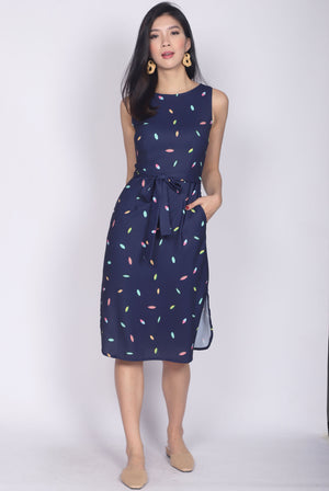 *Backorder* Pandira Curve Slit Cut Dress In Rainbow Navy