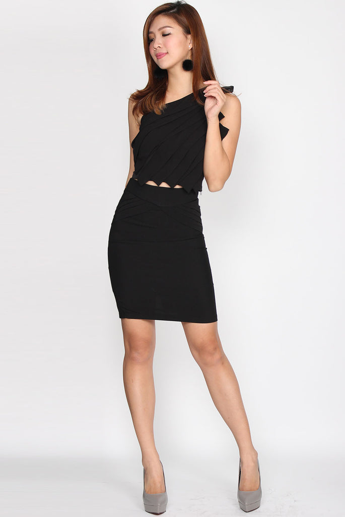 Parisse Frill Skirt In Black