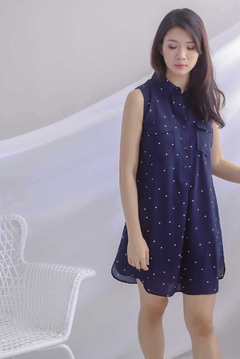 Peeri Utility Sleeveless Dress In Navy Dots