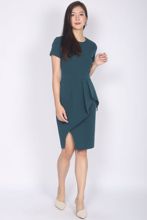 *Premium* Petula Sleeved Pleated Pencil Dress In Forest Green