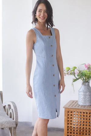 Pretoria Denim Buttons Midi Dress In Light Wash
