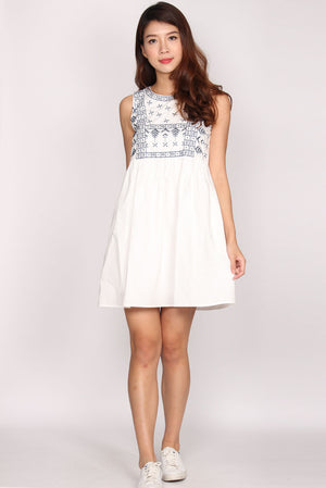 Quinta Embriodery Babydoll Dress In White