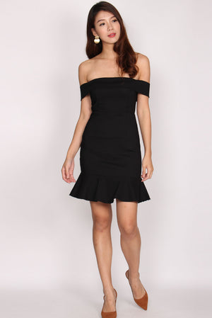 Rachell Off Shoulder Mermaid Dress In Black