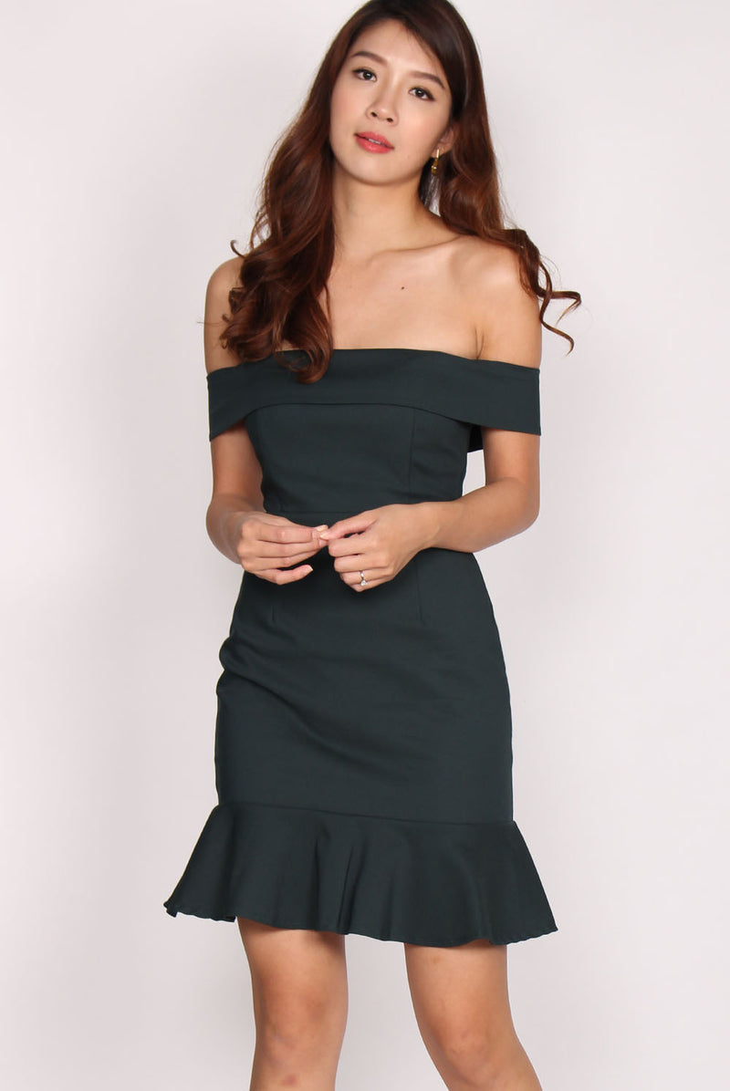 Rachell Off Shoulder Mermaid Dress In Forest Green