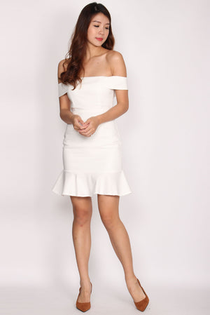 Rachell Off Shoulder Mermaid Dress In White