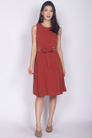 Ramey Ring Sash Midi Dress In Rust