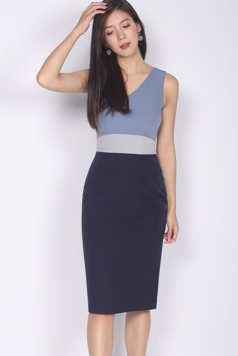 *Backorder* Reign Colour Block Work Dress In Navy Blue