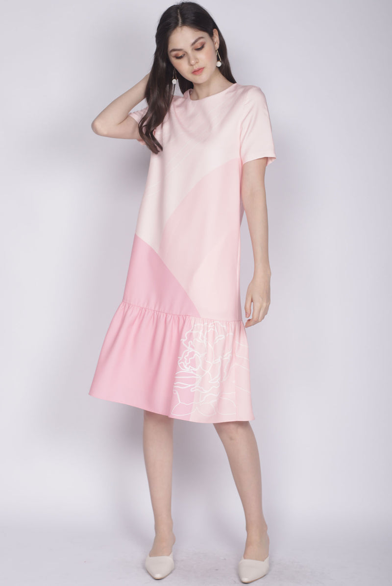 Reunion Sleeved Drop Hem Dress In Pink