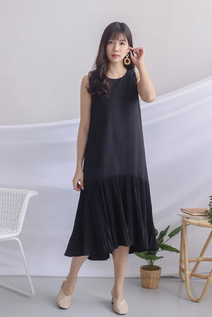 Rosabella Pleated Hem Midi Dress In Black