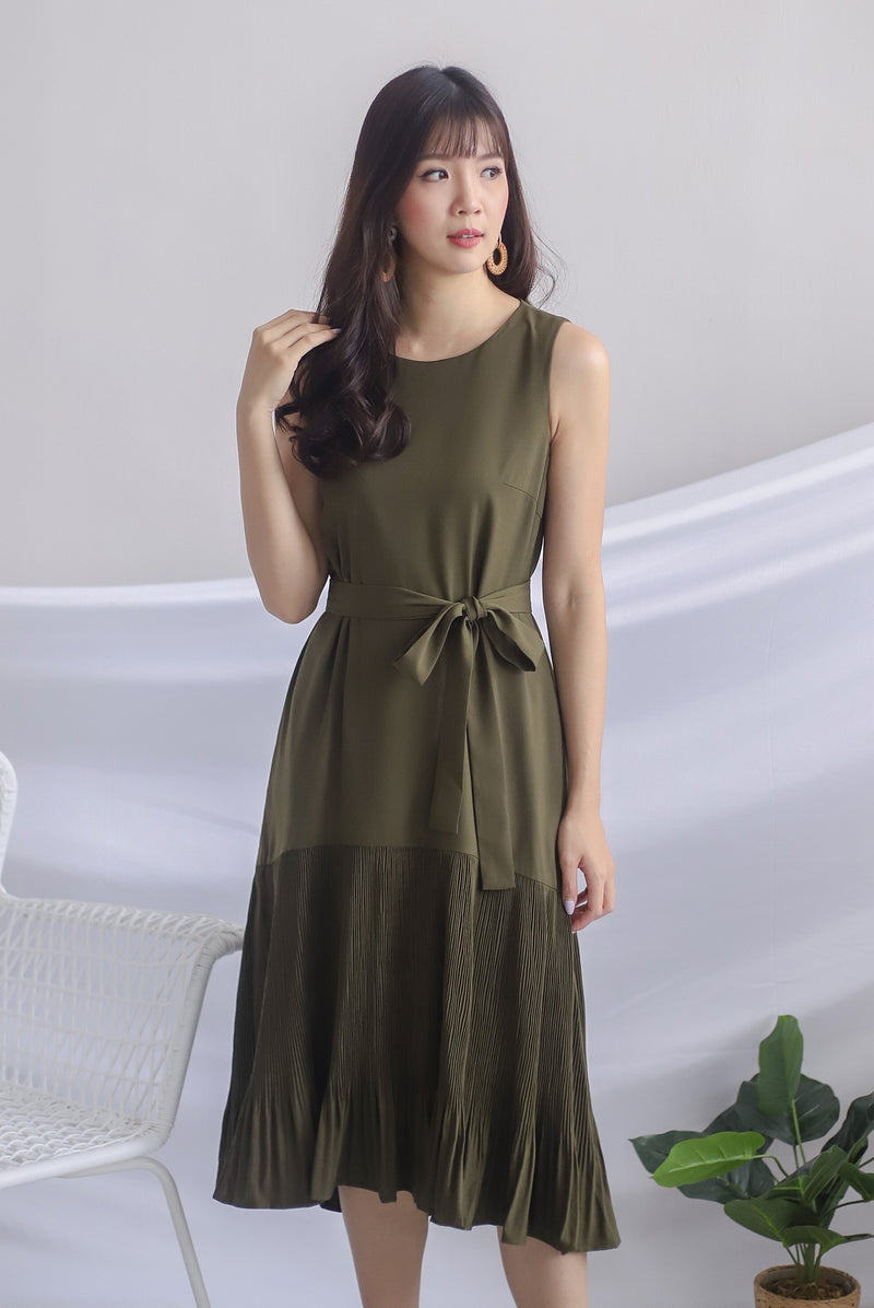 Rosabella Pleated Hem Midi Dress In Olive