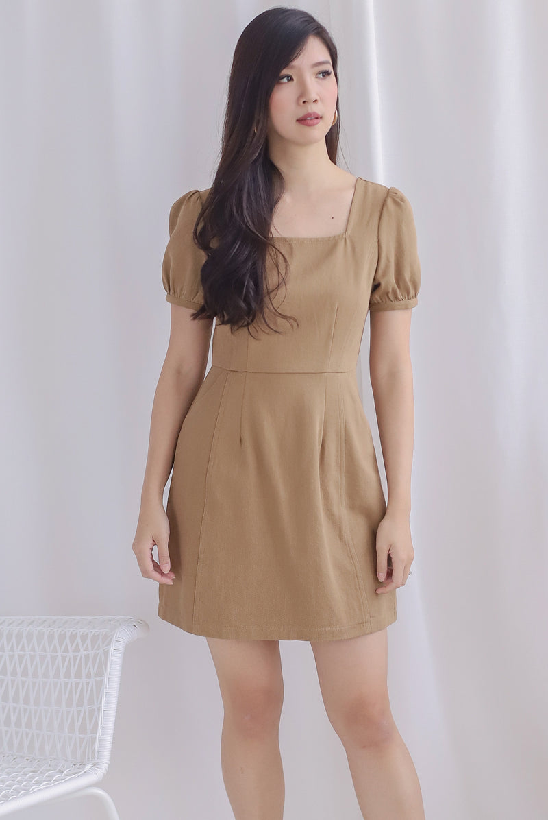 Roselynn Faux Buttons Denim Dress In Camel