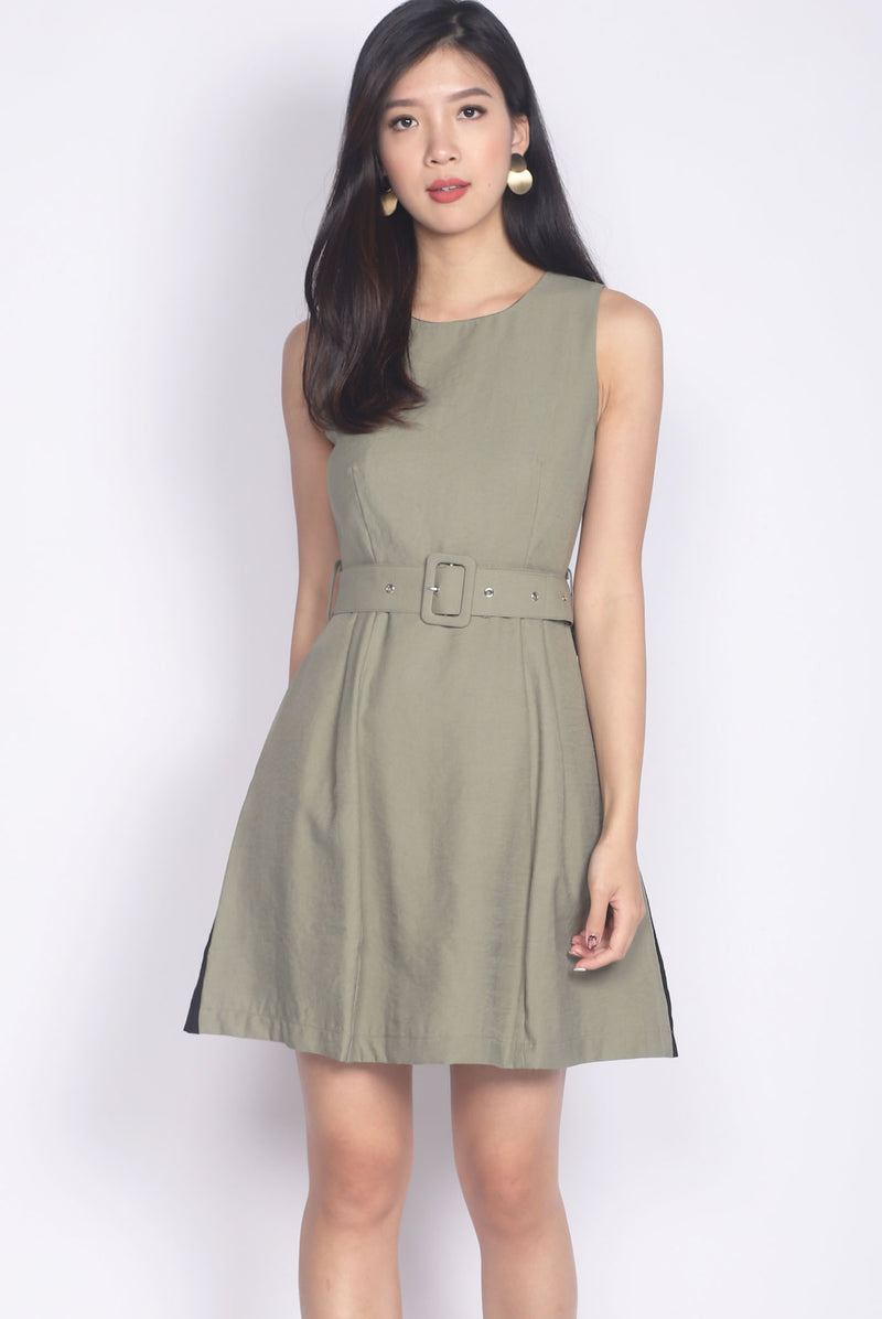 Rozella Colourblock Belted Dress In Olive/Black