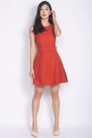 Rozella Colourblock Belted Dress In Rust/Black