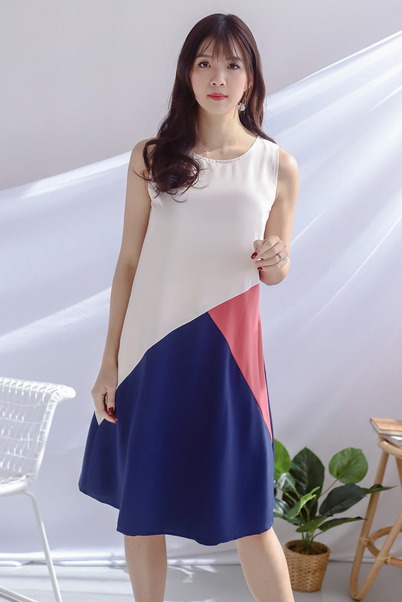 Saylor Colour Block Reversible Dress In Cream