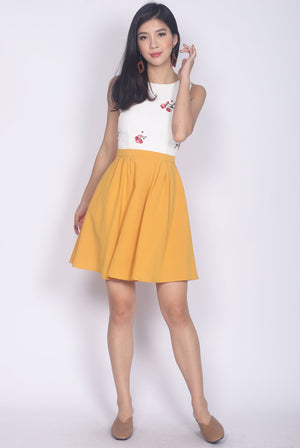 Sidony Embro Colour Block Dress In White/Mustard