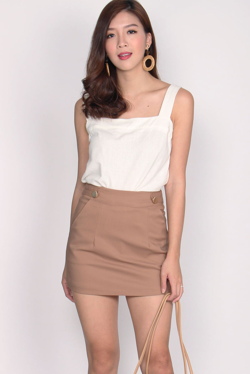 Sofia Buttons Skort In Camel
