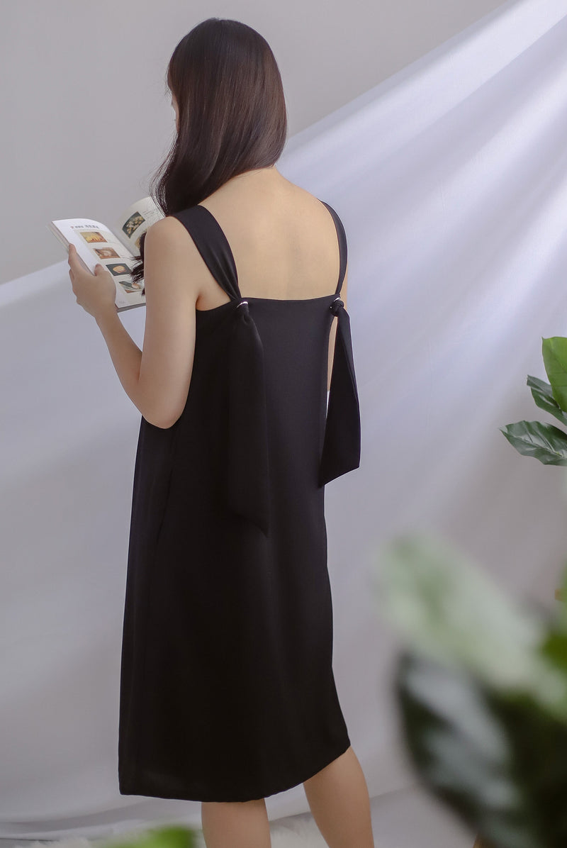 TDC Davina Knot Back Dress In Black