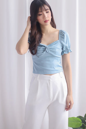 TDC Pilar Twist Sweetheart Top In Seafoam Blue
