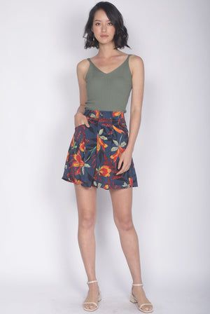 TDC Alcee Leafy Shorts In Navy Blue