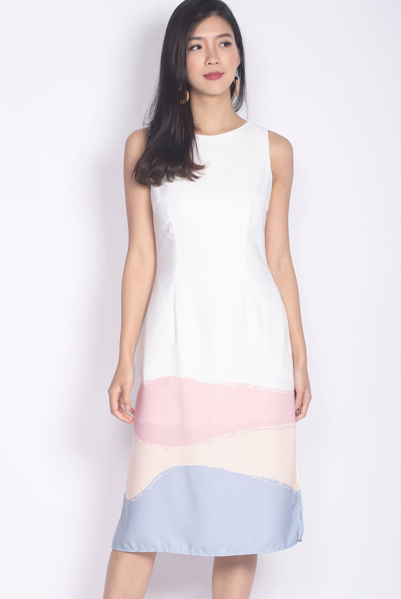 TDC Aleanor Brush Block Midi Dress In White