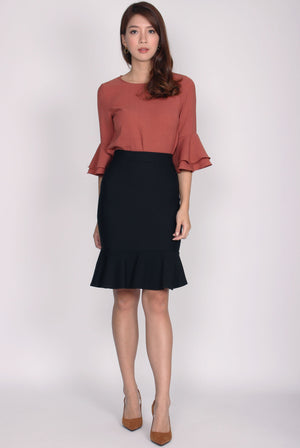 TDC Beyla Bell Sleeve Top In Rust