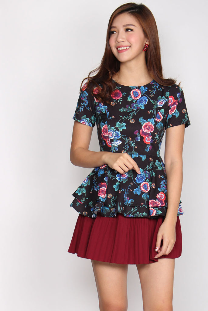 TDC Bile Layer Peplum Top In Black Floral