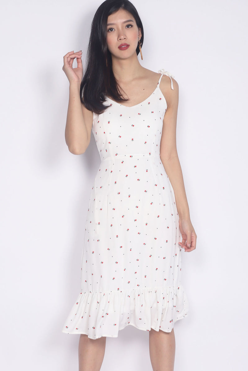 TDC Briott Tie Shoulder Dress In White