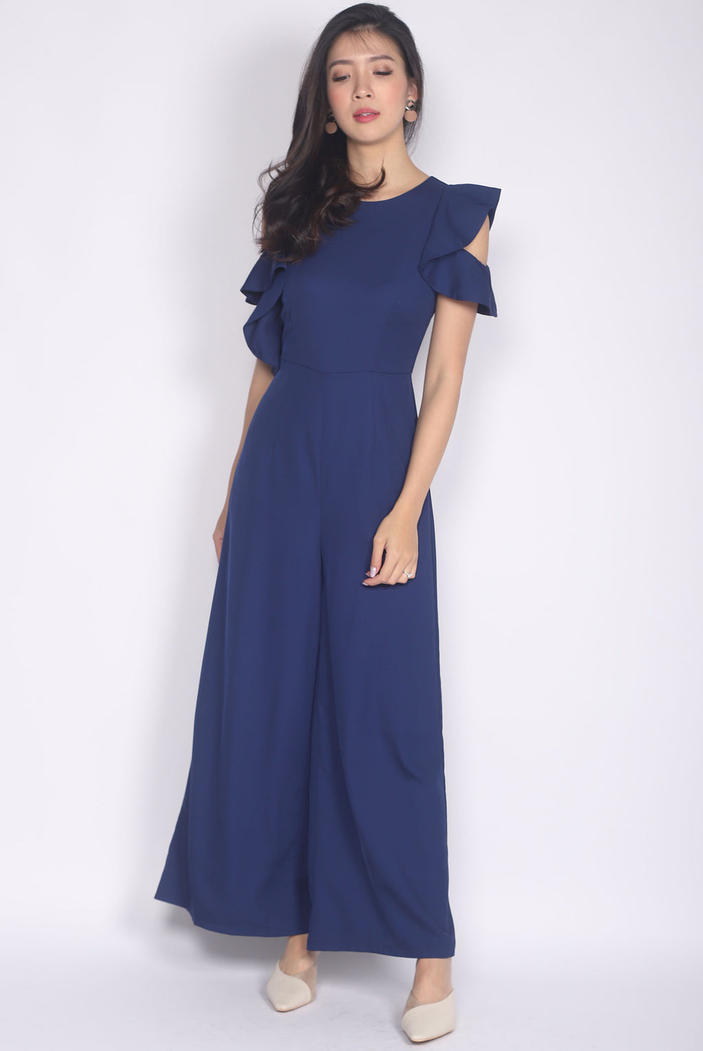*Premium* TDC Cabery Ruffle Shoulder Jumpsuit In Navy Blue