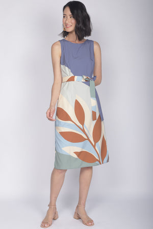 *Exclusive Print* TDC Christella Leafy Abstract Slit Dress In Earth