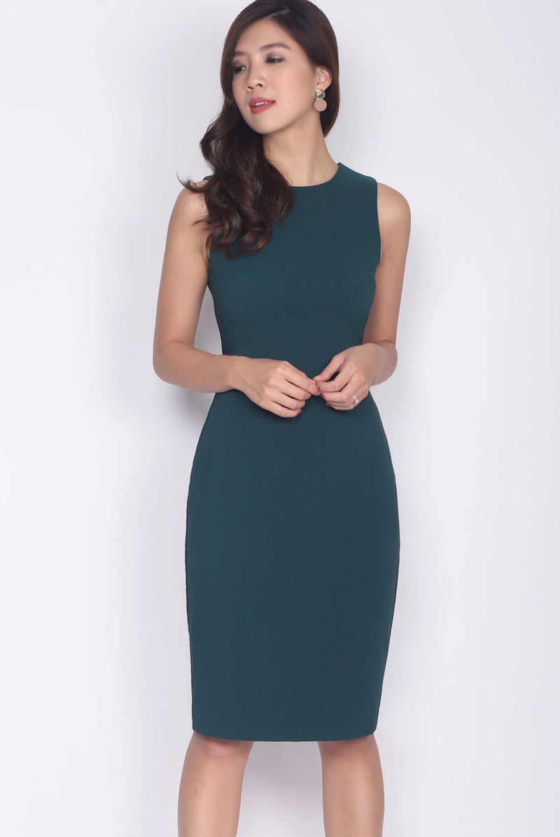 TDC Deasia V Back Pencil Dress In Forest Green