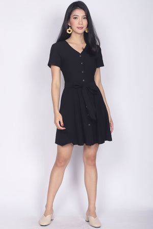 TDC Elspeth Sleeved Buttons Dress In Black