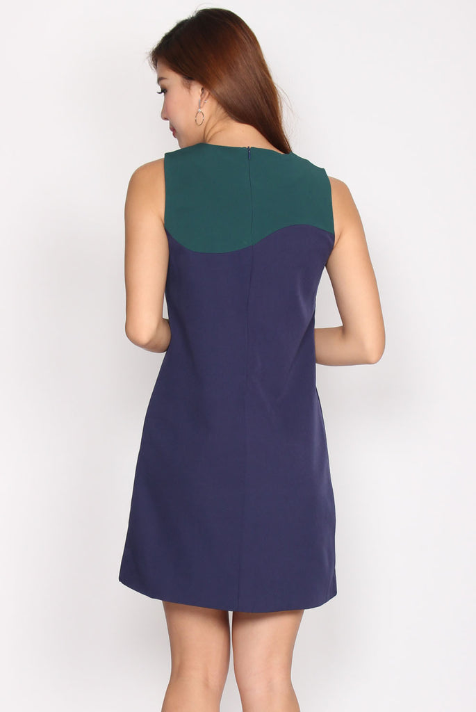 TDC Emerson Duotone Shift Dress In Navy Blue