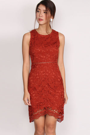 TDC Fleurette Fishtail Crochet Dress In Terracotta