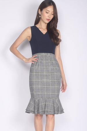 TDC Gelsey Tiered Mermaid Dress In Navy Plaids