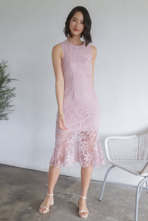 *Premium* TDC Greisy Crochet Removable Oriental Collar Dress In Blush