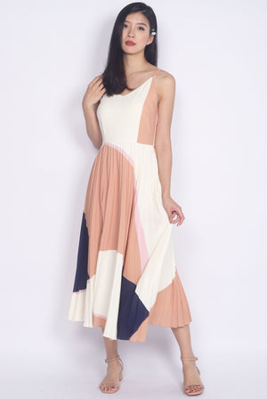 Guthrie Pleated Abstract Flare Dress In Camel