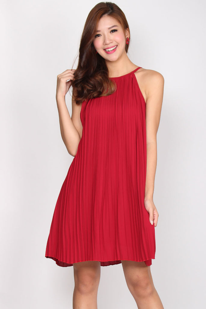 TDC Gwendolyn Pleated Dress In Wine Red