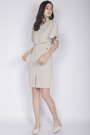 TDC Harmoni Cape Buttons Dress In Oats