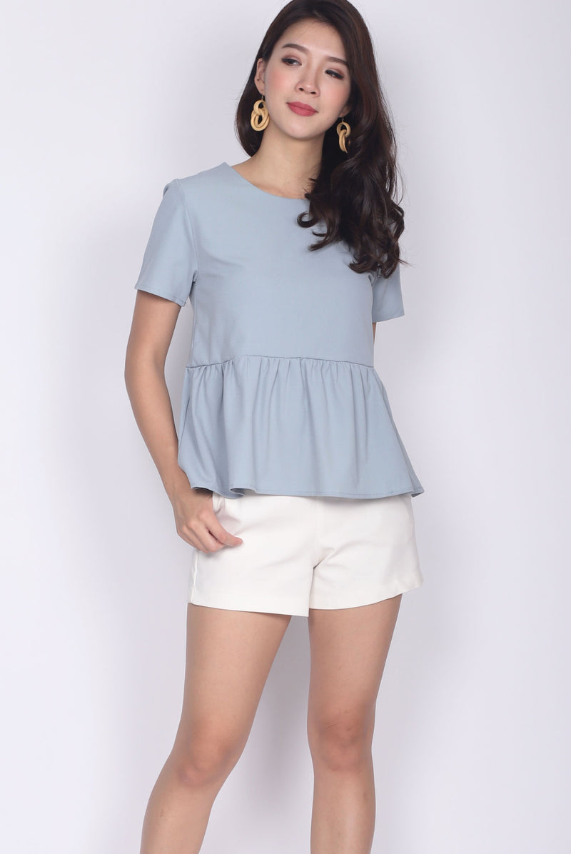 TDC Jadwiga Babydoll Sleeve Top In Ash Blue