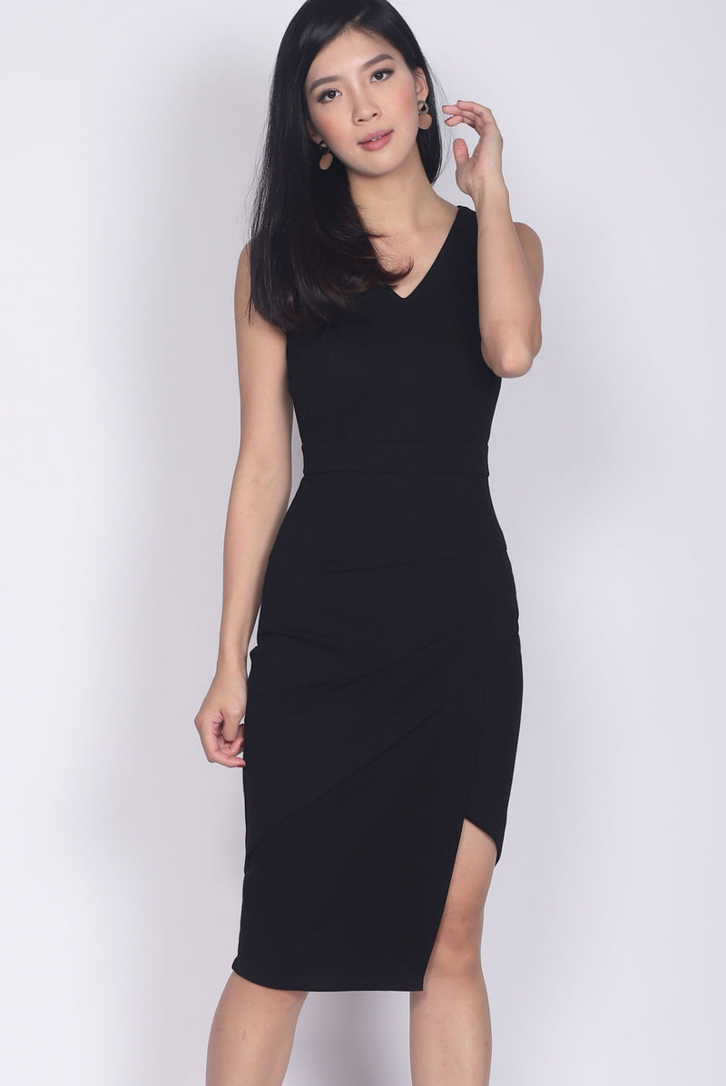 *Premium* TDC Jetta Origami Slit Dress In Black