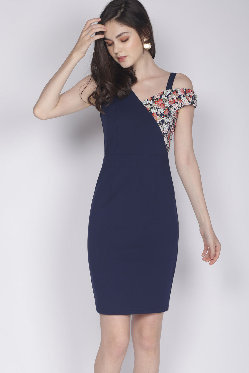 *Premium* TDC Keisha Floral Drop Shoulder Dress In Navy Blue