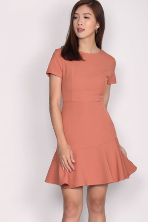 TDC Marcelo Tiered Hem Dress In Salmon