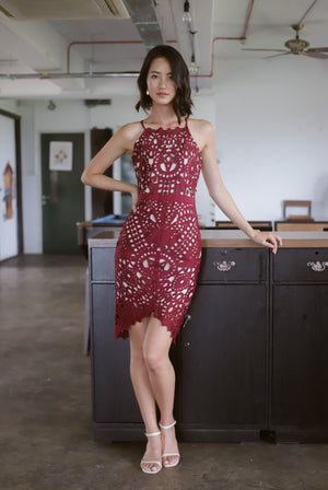*Premium* TDC Paislee Crochet Cut In Back Dress In Wine Red