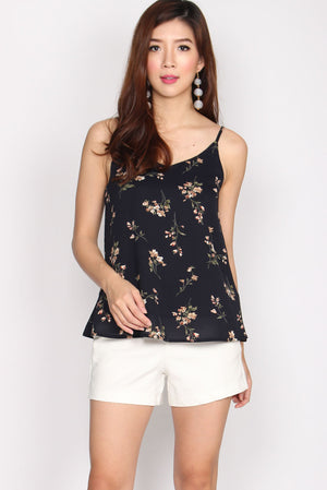 TDC Parris Cami Top In Navy Floral