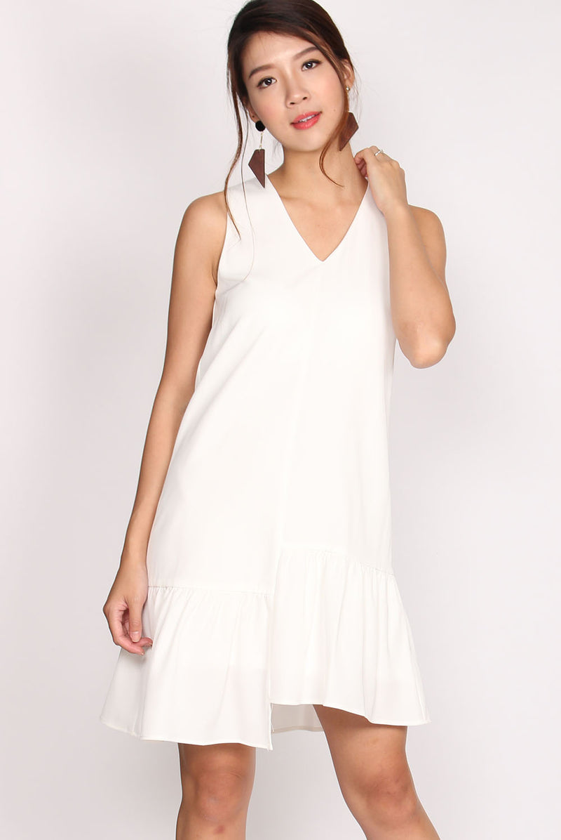 TDC Pippa Sleeveless Step Ladder Dress In White